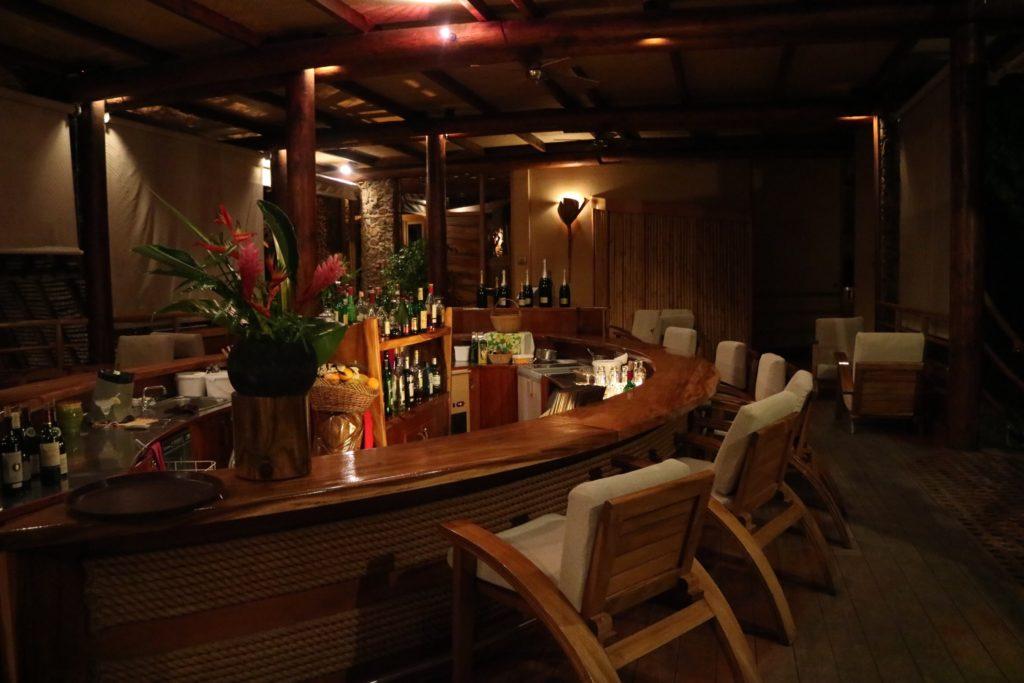 タハア島ル タハアアイランド リゾートスパのレストラン