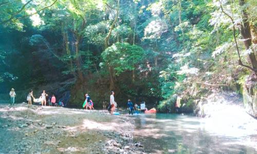 大阪の滝畑湖畔バーベキュー場で赤ちゃん子連れBBQ&川遊び。注意点は?