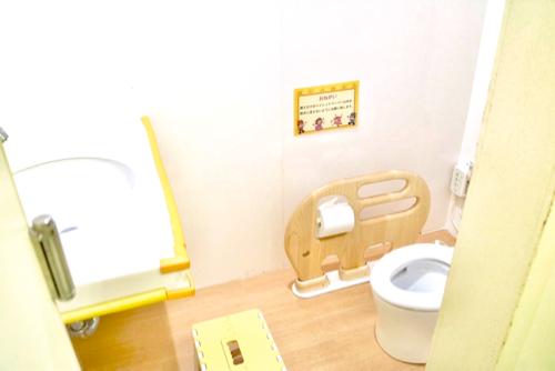 東条湖おもちゃ王国のこども用トイレ